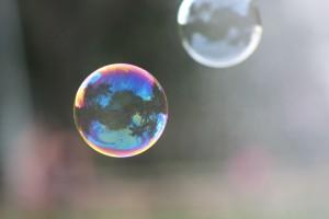 1382844_12541003_bubbles